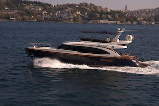 Luxury boat for a small wedding reception at Bosphorus, Istanbul