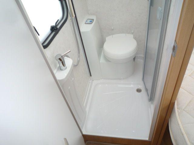 2008 Lunar Quasar EB Corner washroom :-(