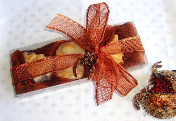 Merry Christmas Luxury Guest Soaps Box - A beautifully crafted Christmas Gift Box with three small cream-ecru Christmas themed glycerin scented soaps - all amber scent and a lovely Christmas Charm for Good Luck in the packaging.