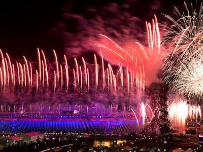 Juegos Olímpicos de Londres 2012, Inauguración, fuegos artificiales