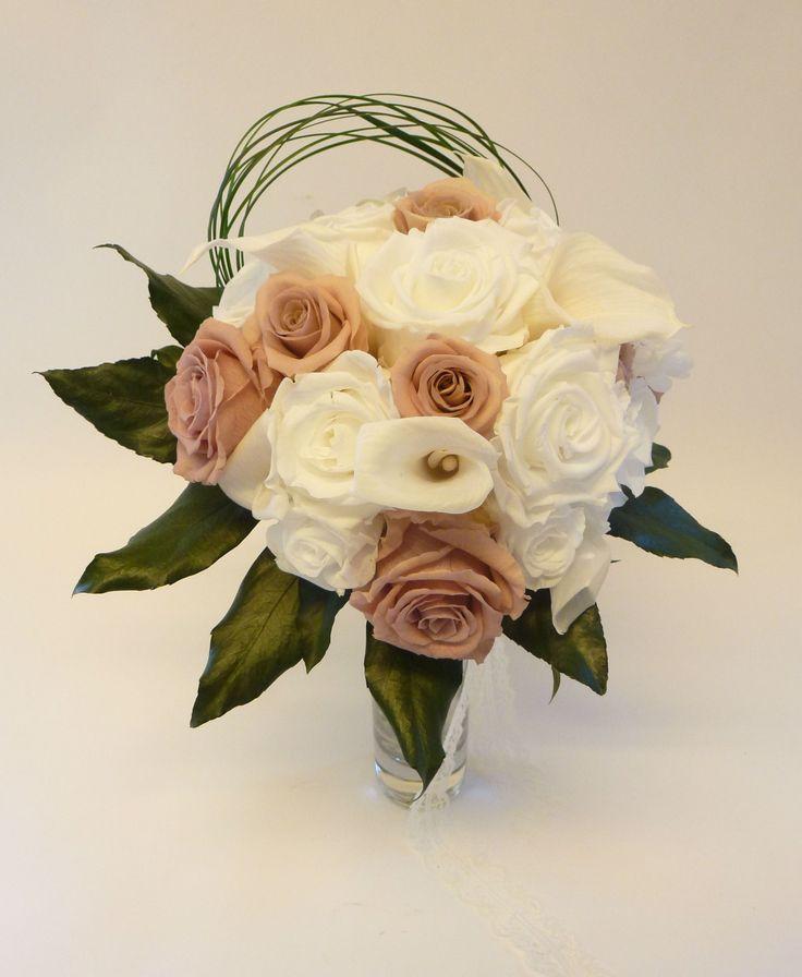 Gardez votre bouquet de mariée à l'état identique que le jour J pendant très longtemps..
