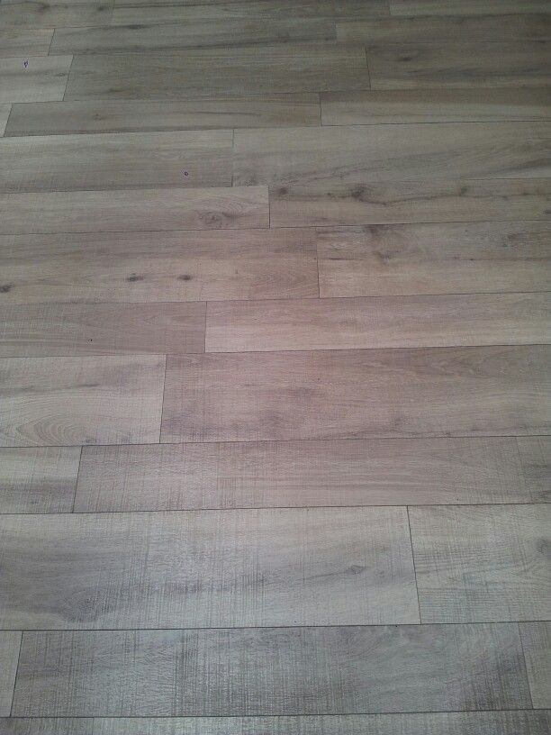best pisos imitacion madera ideas on pinterest baldosa de porcelana imitacin madera madera gris and baldosa en imitacin de madera