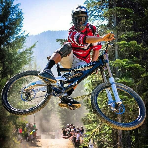#LL @LUFELIVE #Mountainbiking Yeti Please follow us…