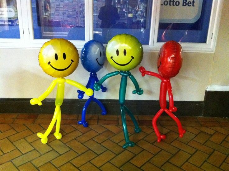 Smiley Face Balloon Guys - use streamers for arms/legs