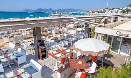 Journée farniente sur une plage privée - Restaurant Plage CBeach à Cannes