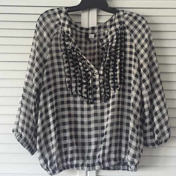Light, plaid 3/4 sleeve shirt Light, comfortable shirt H&M Tops