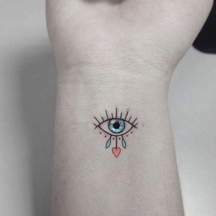 36 Super Cool Tattoo Trends That Are So Popular Tatuajes Chiquitos Para Mujer Tatuaje Del Tercer Ojo Tatuajes Femeninos