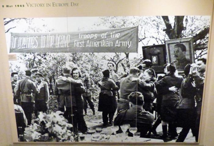 Американские солдаты в гостях у советских, 1945 год, Германия