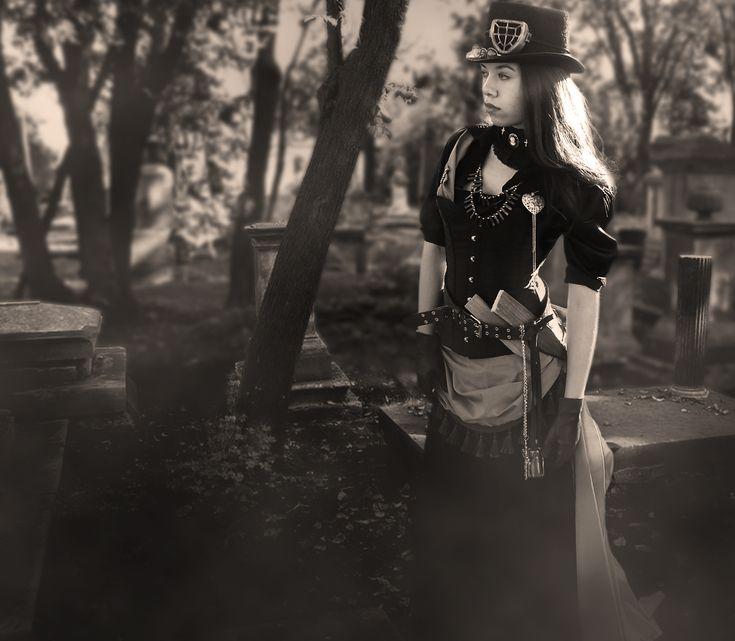 Liesel Van Helsing By On Goth Girls Steampunk Cosplay Family Strokes 1