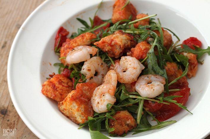 Dit overheerlijk panzanella salade recept combineert scampi's met groenten. Heeft u vanavond veel eters aan tafel? Dit recept is goed voor 6 personen!