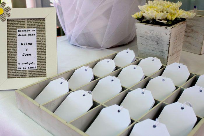 Árbol de los deseos/Wishes tree: Boda en blanco y amarillo/White and yellow wedding