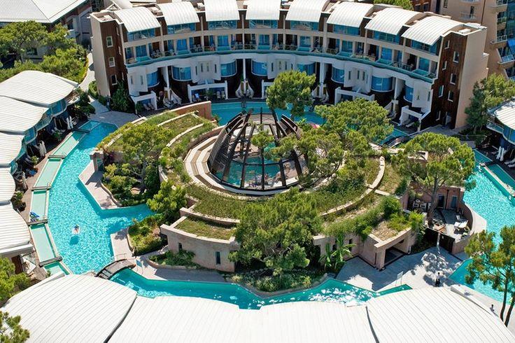 Luxury Resorts: Holidays Beyond your Dreams at Rixos Sungate | #hotelinteriordesigns #lboutiquehotels #luxuryhotels| See also: http://hotelinteriordesigns.eu/ @rixoshotels @rixossungate