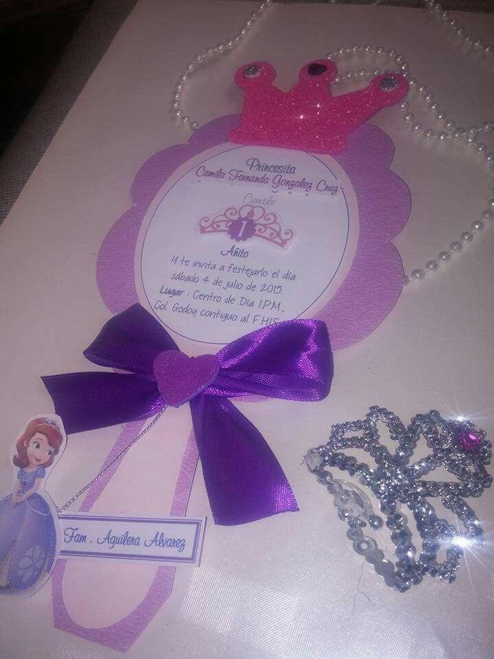 Invitaciones Princesa Sofía / sofia the first invites #madeinHonduras #handmade #partyspothn #birthdayparty #princesasofia #sofiathefirst #invitation