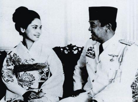 Soekarno & Ratna Dewi