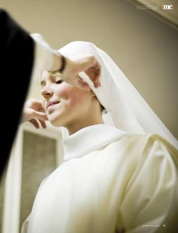 Marie Claire Magazine is featuring an online profile of a young Dominican nun (one of the Dominican Nuns of Summit, NJ), Sister Maria Teresa.