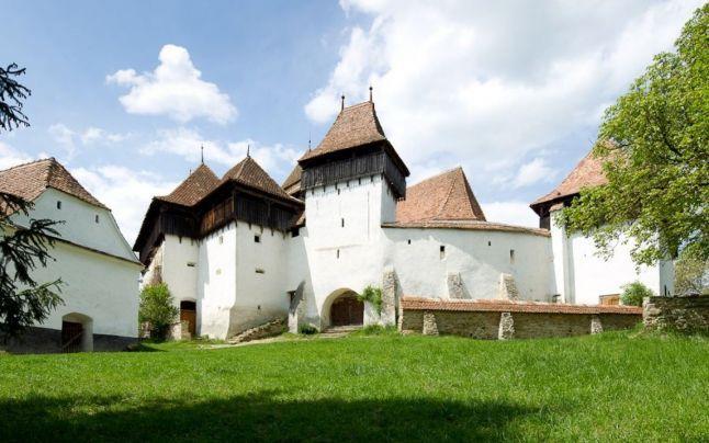 A székelyek által épített erdélyi templom is bekerült a világ legszebb 23 temploma közé! - Twice.hu
