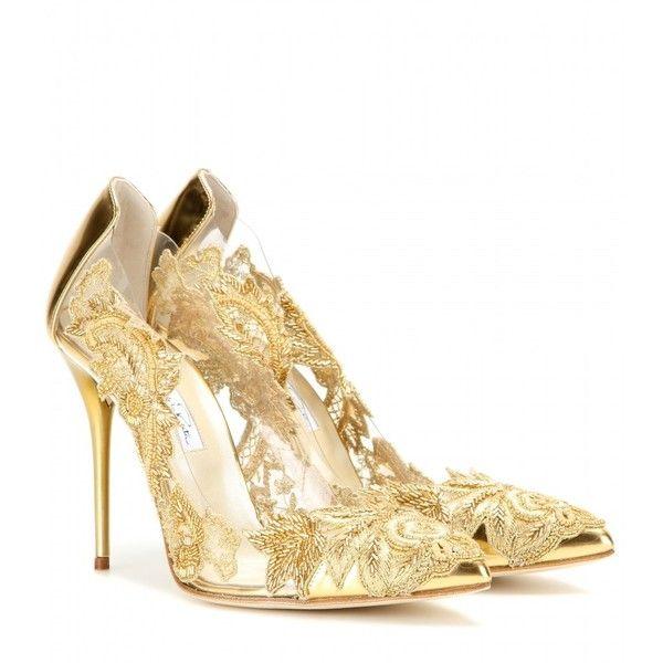 Oscar de la Renta Alyssa Embellished Transparent Pumps (1 615 AUD) ❤ liked on Polyvore featuring shoes, pumps, heels, gold, embellished shoes, transparent heel shoes, oscar de la renta, oscar de la renta shoes and gold shoes