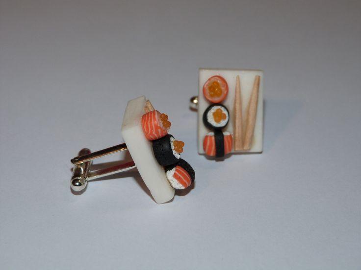 Cufflinks. Miniature food. Sushis. Inspiration polymer clay. Bijoux artisanaux fimo. Bijoux gourmands. Accessoires pour hommes. http://des-bijoux-en-veux-tu.alittlemarket.com www.facebook.com/Desbijouxenveuxtuenvoila