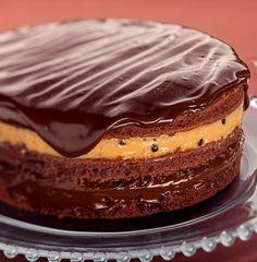 Bolo Trufado de Chocolate e Maracujá