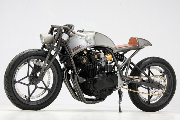 If anything, building some of the nicest and roughest streetfighters is one of the things the Germans from Custom-Wolf do best. And t...