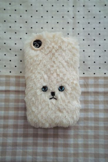 Furry kitty I phone cases! ahah