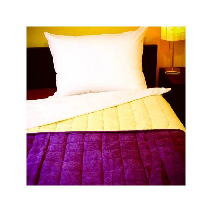 BŐRHATÁSÚ törtfehér-lila ágytakaró 140x240/235x250 cm, Díszpárna.com Webáruház