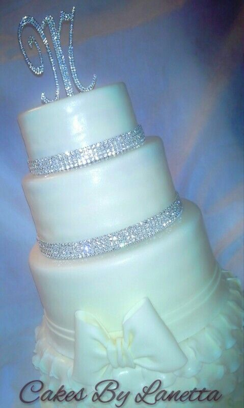 17 Best Images About Wedding Cakes On Pinterest Pink Bling White Wedding Cakes And Bling