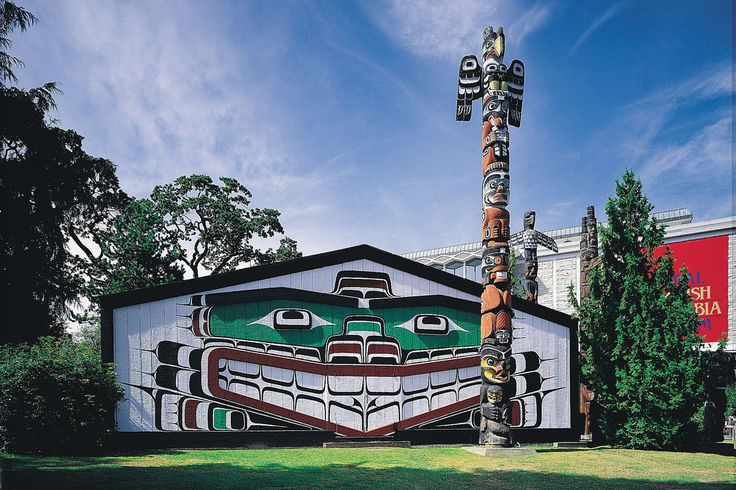 Be sure to check out the excellent First Nation totem poles at Thunderbird Park. Photo: Tourism Victoria
