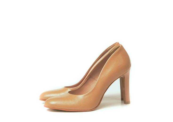 Pantofi cu toc stiletto maro deschis
