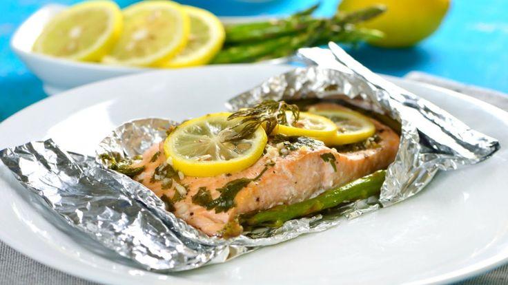 Salmón Empapelado con Espárragos | Cómo cocinar salmón saludable