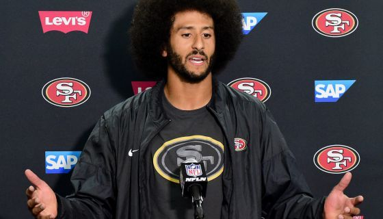 Colin Kaepernick Donates Suits To Job-Seeking Parolees https://newsone.com/3709672/former-san-francisco-49er-quarterback-colin-kaepernick-donates-suits-to-parolees/#.WQplYJYGK-4.twitter