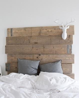 planches de bois assemblées