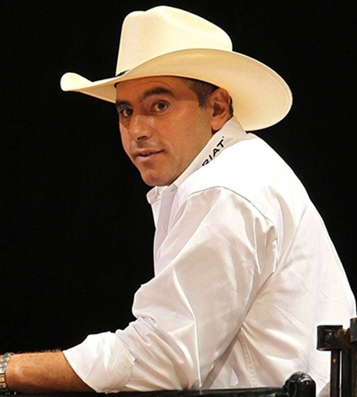 76 best images about PBR PERSONALITIES on Pinterest ... Professional Bull Riders Adriano Moraes
