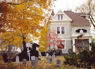 halloween decorated house a tour of a perfectly decorated house for