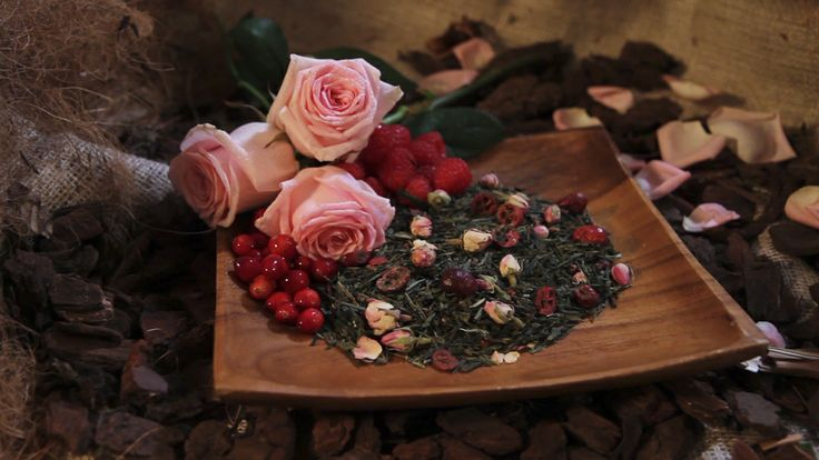 TwisTea Assortment // Cranberry Rose www.twistea.nl #twistea #letstwistea #letstwist #tea #brandnew #pure #label #drink #nature #enjoy #relax #experience #cranberry #rose #raspberry #cranberryrose