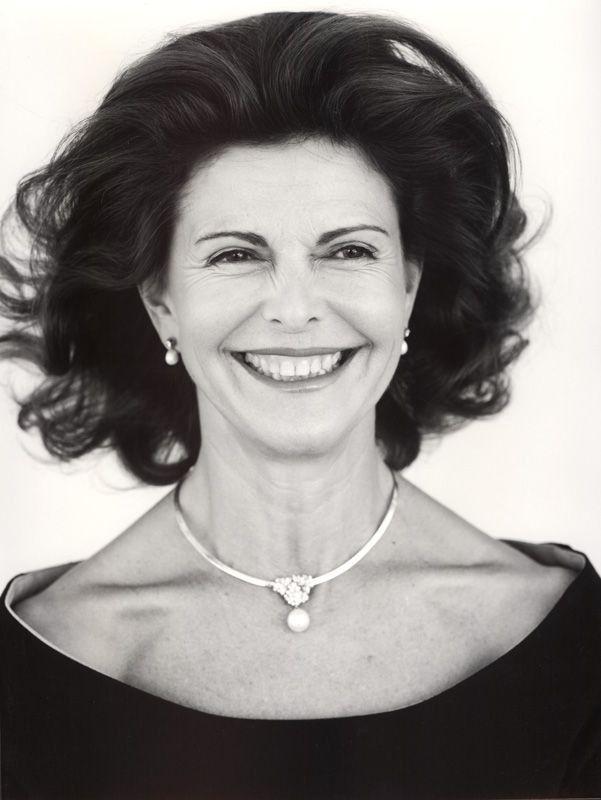 sarahbellar:  Queen Silvia