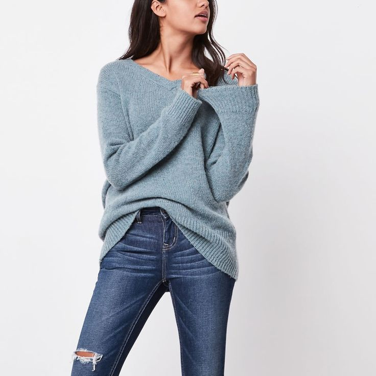 Roots-Women Sweaters & Cardigans-Emery V Neck Pullover-Arctic Sky Mix-B