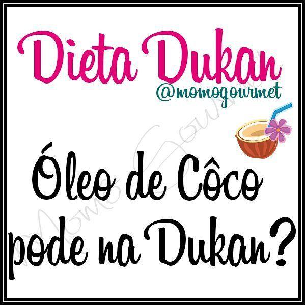 Pela postagem anterior algumas pessoas me perguntaram se o Óleo de Côco pode ser consumido na Dieta Dukan.  A resposta é:  Sim!  A partir da fase  cruzeiro entra como tolerado!  Em cápsulas entra como suplemento. E na classificação de tolerados da dieta se enquadram óleos como uma quantidade de 3 gramas por dia. No caso das cápsulas cada uma corresponde a 1 grama.  Logo a quantidade permitida é de até 3  /dia.  #Deus #momogourmet #dukanbsb #gourmet #dieta #dukanbrasilia #fitness #dukanfit…