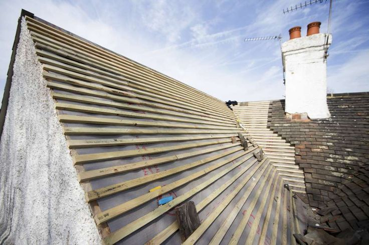 Visit http://tbaynesroofing.com and get details for affordable and reliable Roofers services in Dartford including Roof repairs, Felt or fibreglass, Flat roof installation, Fascias and soffits and more. Call now!