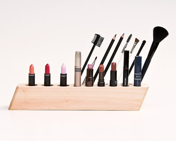 wooden cosmetic organizer: Cosmetics Makeup, Woodworking Projects, Brushes Holders, Woods Countertops, Organizers, Brush Holders, Makeup Organizations, Cosmetics Organizations, Diy Makeup