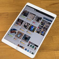 Apple iPad Pro 10.5 Review Apple iPad Pro 10.5 ReviewWith this new screen size is the 10.5-inch iPad Pro a good trade-off between the portability of the now-discontinued 9.7-inch iPad Pro and the sheer bulk of the 12.9-inch headlining model? Let's take a look.Photos:
