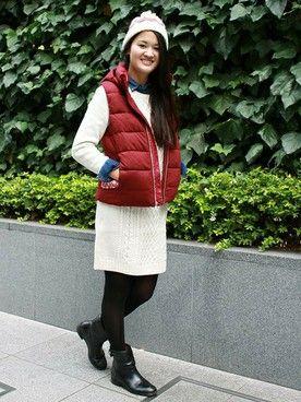 GapJapan│GAPのベストコーディネート 【フラッグシップ銀座スタッフ注目コーデ】 ホリデーシーズンらしい、赤×白のコーデ。ニットワンピにデニムシャツをレイヤードしてカジュアルダウンすれば冬のカジュアルなデートスタイルの完成。  ■フラッグシップ銀座 http://mobile.gap.co.jp/stores/sp/store.php?shopId=37543954 ■オンラインストアはこちら http://www.gap.co.jp/browse/subDivision.do?cid=5643 ■GapストアスタッフコーデをWEARで見る(Women) http://wear.jp/gapjapan/