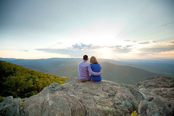 engagement photo shoot on the Blue Ridge Parkway near Charlottesville (by Aaron Watson Photography)