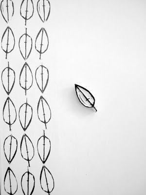Con un simple sello hecho en casa puedes hacer un hermoso patrón para usarlo en lo que desees.