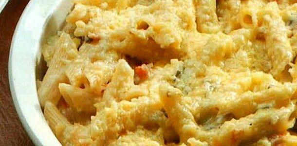 Ricetta pasta ai quattro formaggi al forno
