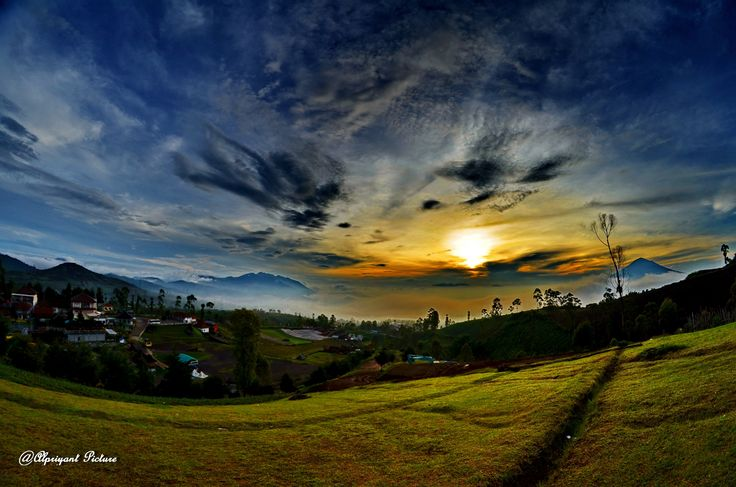 The morning sun in Garut