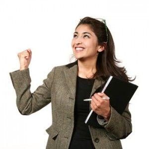 Autocoaching : En route vers… l'affirmation de soi est un outil combinant les bienfaits d'une séance de coaching individuelle et l'efficacité de la « suggestion positive thérapeutique ».  Développez aisément votre capacité de vous exprimer de manière à favoriser une communication saine avec autrui – et synonyme de mieux-être à court comme à plus long terme!