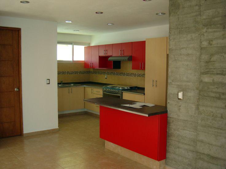 Cocina y muro de concreto. El Refugio, Querétaro, Qro.