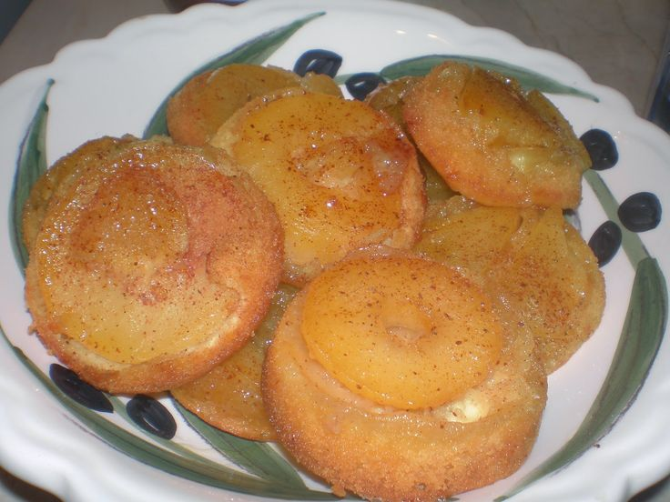 Theano, a m@mmy on line: Πρωινό του Σαββατοκύριακου: Ανάποδα πιτάκια φρούτω...