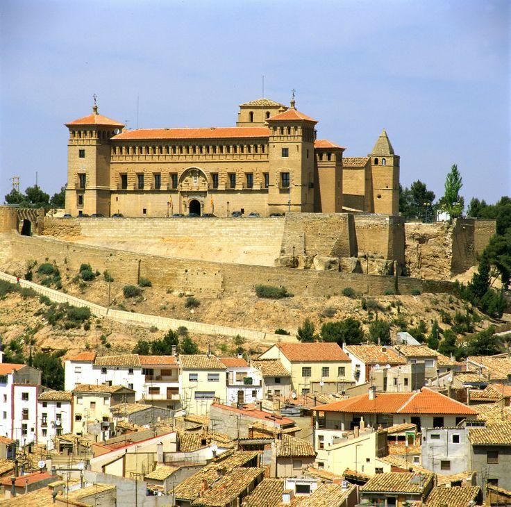 #Parador de #Alcañiz #weddingvenue #bodas #medievales #temáticas #rinconesunicos #rusticChic